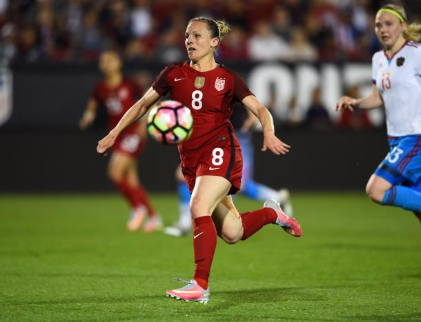 Amy Rodriguez didn't make the SheBelieves Cup roster, but was chosen to be on the US roster against Russia | Source: US Soccer