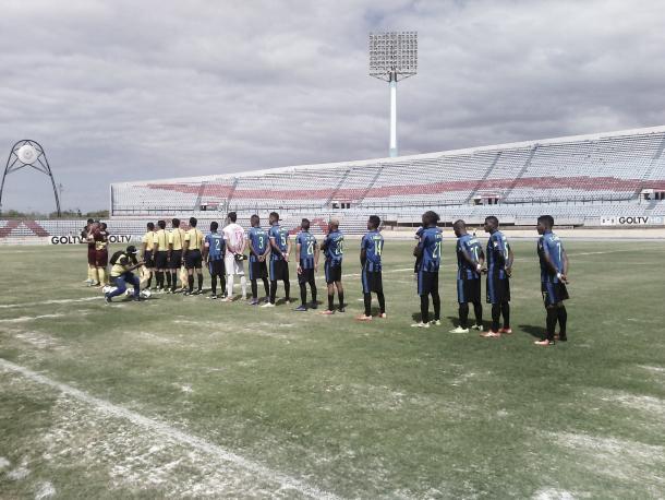Imagenes del campo de juego previo al partido