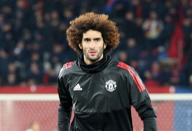 Fellaini en el calentamiento. Foto: Web del Manchester United