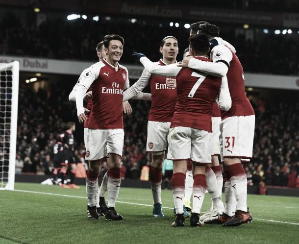 Arsenal goleó 5-0 al Huddersfield | Foto: Arsenal
