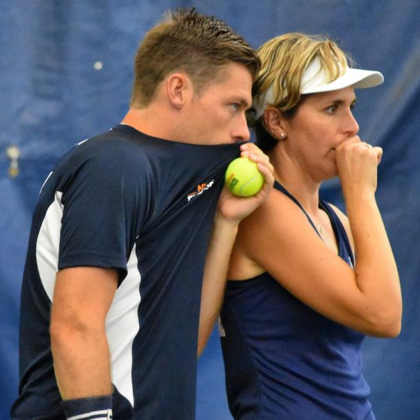 Skupski (l.) and Martinez Sanchez (r.) confer during their mixed doubles set/Photo: John Lupo/VAVEL UK