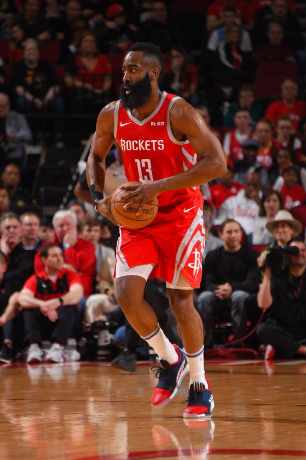 Harden se lució con 41 puntos. Foto: NBA