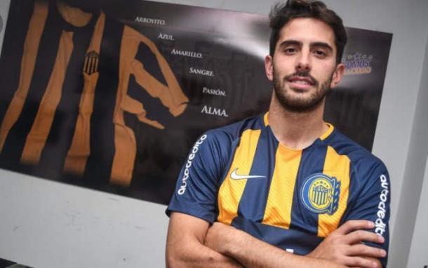 El lateral derecho ofrecido por su representante a Vélez Sarsfield. | Fuente: Twitter.uente: Twitter.