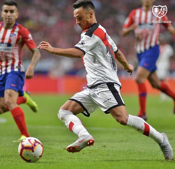 Álvaro García disputando un partido con el Rayo la temporada pasada | Foto: Rayo Vallecano S.A.D.