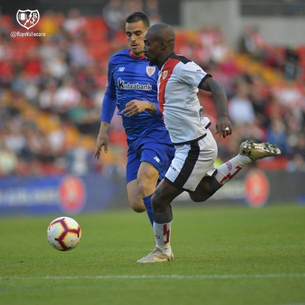 Gaél Kakuta en un partido de la temporada pasada. | Foto: Rayo Vallecano S.A.D.