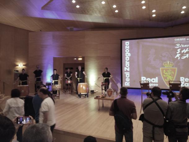 Percusión durante el comienzo de la presentación | Foto: Jorge Antón, VAVEL