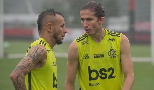 Rafinha e Filipe Luís em treino do Flamengo (Foto: Alexandre Vidal / Flamengo)