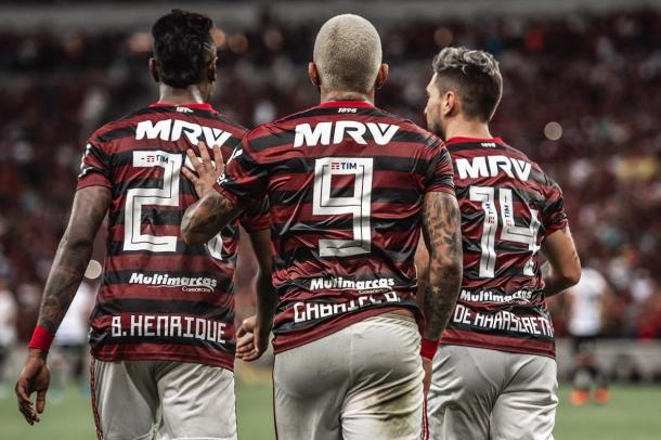 O trio infernal rubro-negro (Foto: Alexandre Vidal / Flamengo)