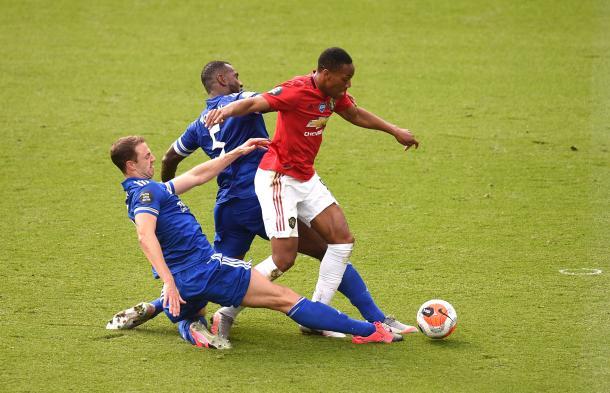 Penalti cometido sobre Martial / FOTO: Premier League