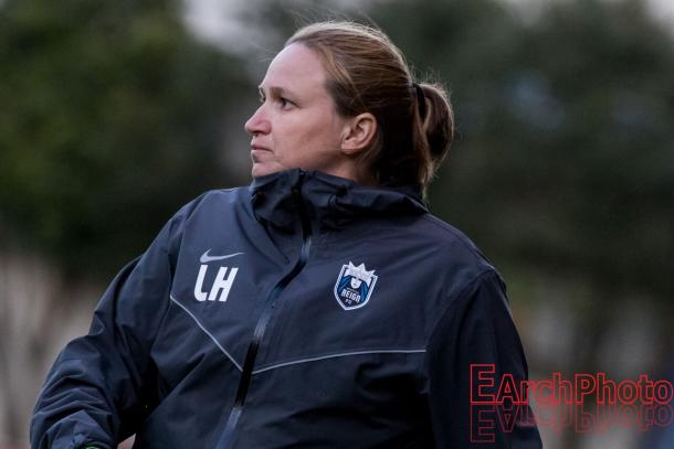 Seattle Reign head coach Laura Harvey marked her 50th victory tonight with the Reign | Source: E. Sbrana - Earchphoto