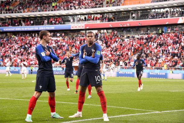 El dúo francés quiere golpear fuerte en Rusia / Foto: Twitter oficial de Antoine Griezmann (@AntoGriezmann)