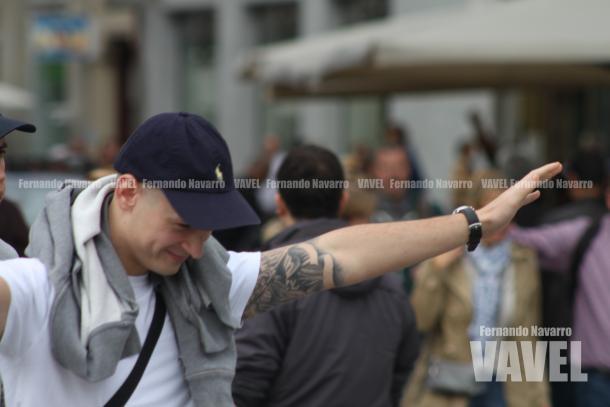 Aficionado polaco en el centro de Madrid. | FOTO: Fernando Navarro - VAVEL España