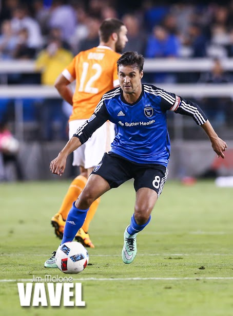Chris Wondolowski provided two assists in San Jose's victory against the Houston Dynamo. | Photo: Jim Malone/VAVEL USA