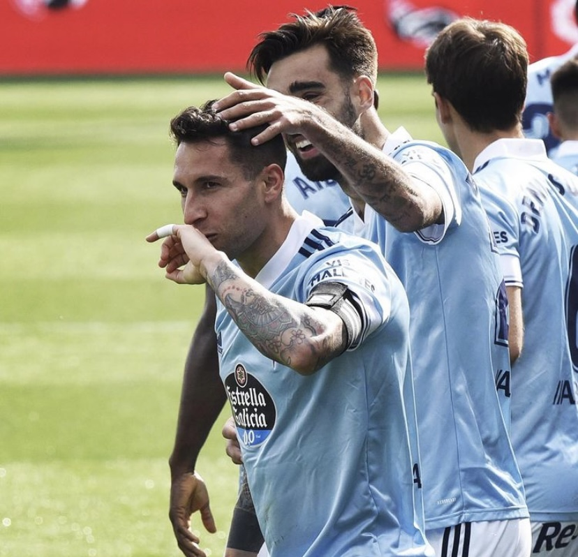 Hugo Mallo y Brais celebrando el tanto   Fuente: RC Celta