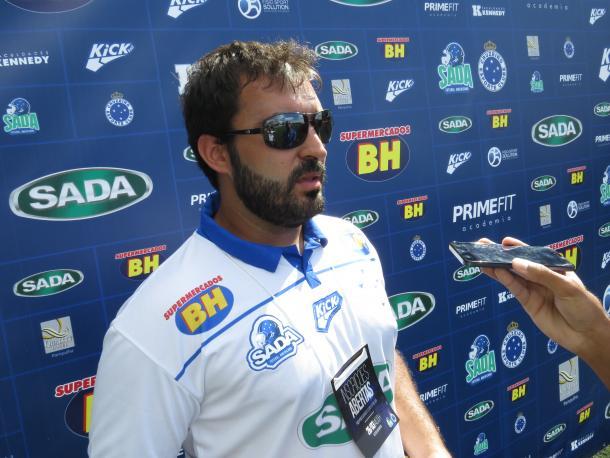 Armando Cruz Jr. é head coach responsável pela base do Sada Cruzeiro (Foto: Matheus Adler/VAVEL Brasil)