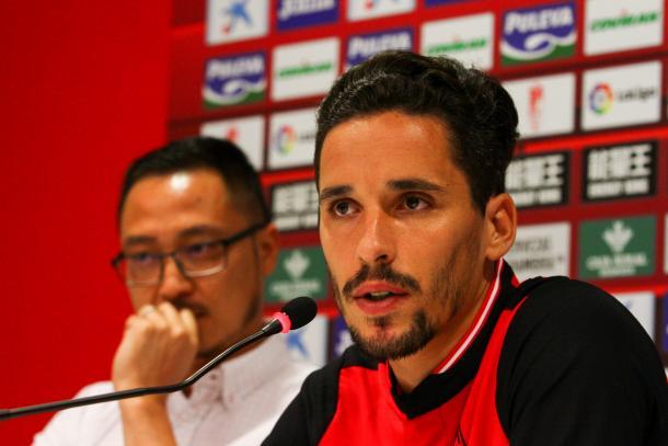 Licá en su presentación con el Granada CF | Foto: AL Juárez