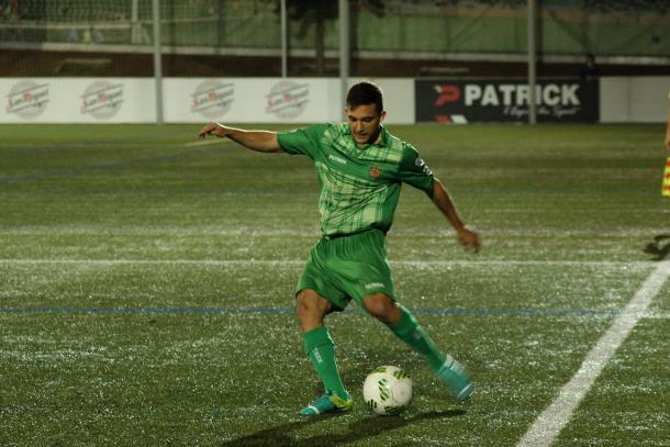 Una de las muchas incursiones de Lucas ante el Espanyol B.