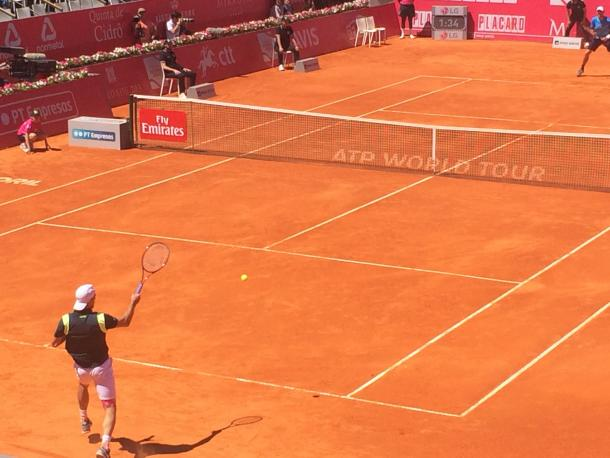 Guillermo Garcia-Lopez hitting a forehand on his first round match against Michael Berrer