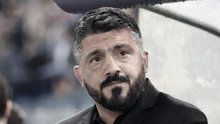 Gattuso mirando a sus muchachos I Foto: Prensa AC Milan