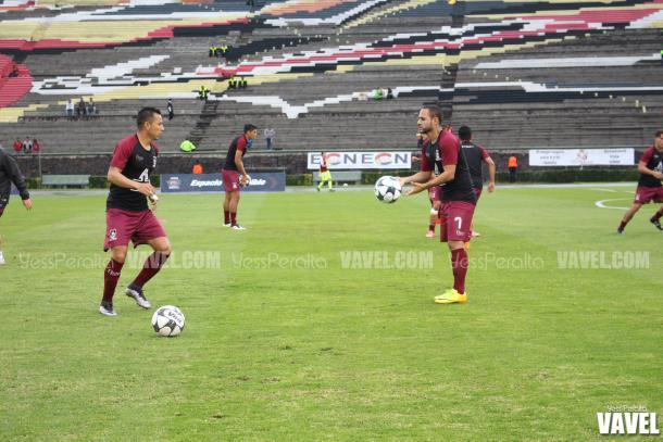 Coras en el calentamiento previo al inicio del partido de la Jornada 6 del Ascenso MX.