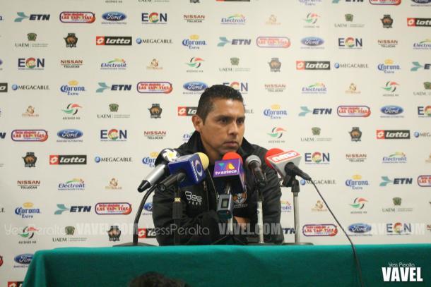 Ramón Morales en conferencia de prensa después de perder 2-1 de visita