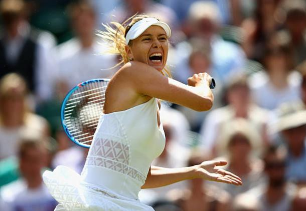 Maria Sharapova in action during her last eight victory over Coco Vandeweghe at Wimbledon it 2015 (Getty/Ian Walton)