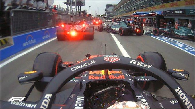 Nuevos problemas de tráfico en boxes. (Fuente: F1)
