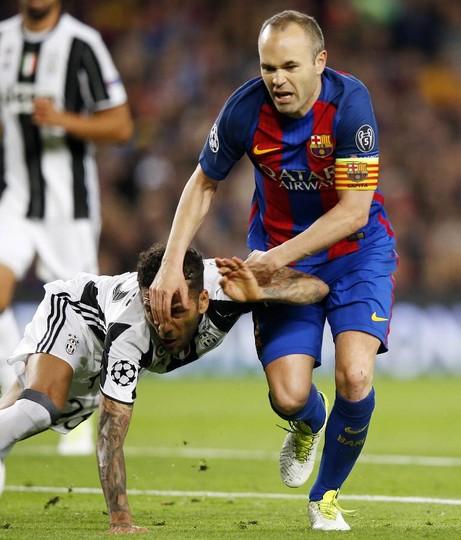 El talento de Iniesta no fue suficiente para pasar de ronda en la Liga de Campeones