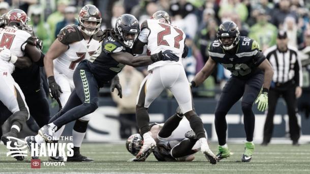 Muchos equipos quieren los servicios de Jadeveon Clowney (foto Seahawks.com)