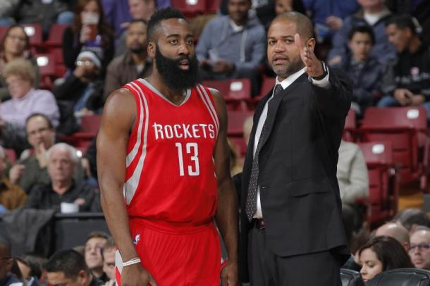 J.B. Bickerstaff coaching James Harden during his time with the Houston Rockets. Photo: Rocky Widner/Getty Images