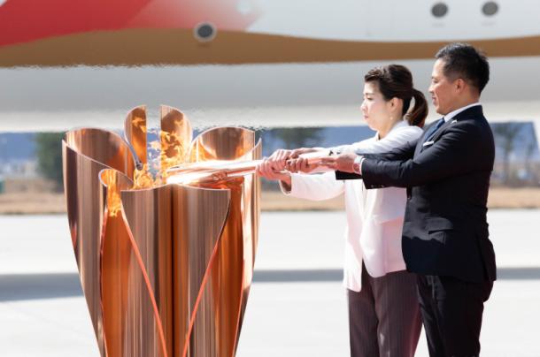 Apenas hace unos pocos días, el 20 de marzo, se estaban llevando a cabo los actos de recepción de la llama olímpica a Japón, en un acto que sucitó una polémica generalizada. Imagen: @tokyo2020.