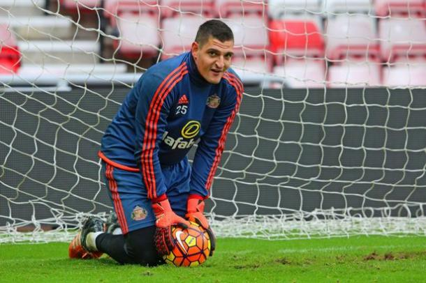 It's been a frustrating run for Mannone and his team. | Photo: Chronicle Live