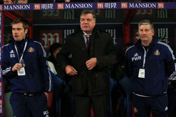 Stockdale and Bracewell alongside former boss Sam Allardyce away at Crystal Palace last campaign. (Image source: The Chronicle)