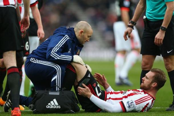 A familiar sight for Sunderland fans as Kirchoff struggled to see out the full 90 minutes. (Image Source: Getty Images)