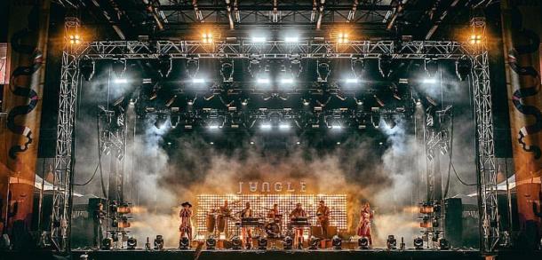 Jungle en concierto | Fotografía tomada de su perfil oficial de Instagram