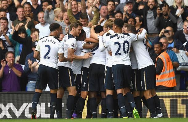Tottenham celebrate their winning goal. | Image source: Tottenham Hotspur