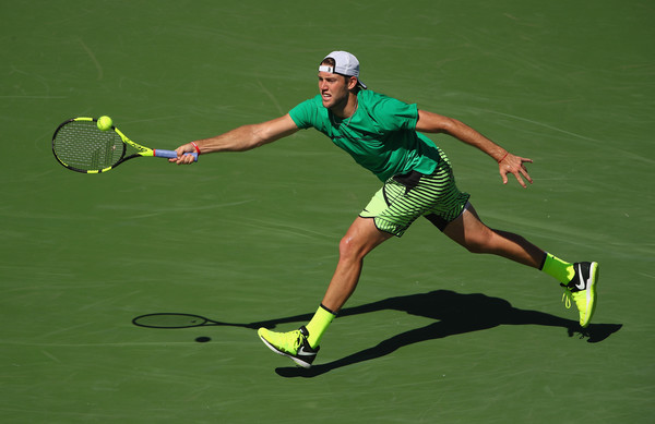 Jack Sock runs to hit a forehand during his straight-sets defeat to Roger Federer in the semifinals of the 2017 BNP Paribas Open. | Photo: Clive Brunskill/Getty Images