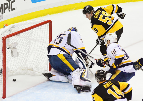 Penguins chase Pekka Rinne with third period outburst