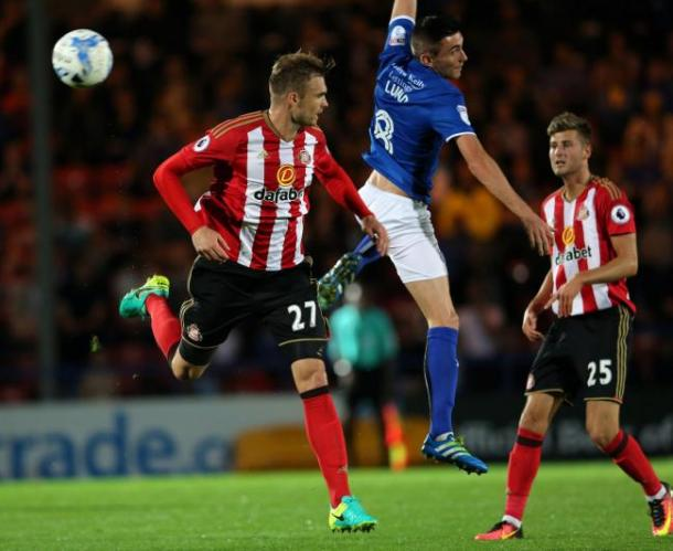 Jan Kirchhoff played the full 90 minutes as Sunderland suffered a penalty shoot-out defeat | photo: The Northern Echo