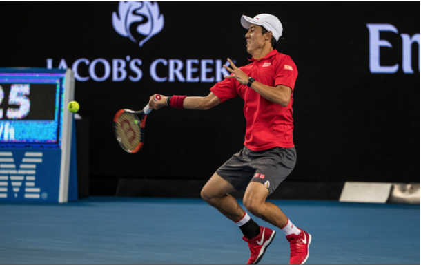 Nishikori rips a forehand winner, one of his 46 in the match. Credit: Jason Heidrich/Icon Sportswire via Getty Images