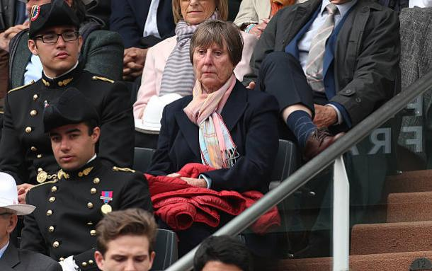 Francoise Durr watching the action at Day Three of the French Open in 2016 (Getty/Jean Catuffe)