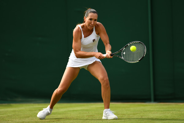 Jelena Jankovic hits her trademark backhand | Photo: Shaun Botterill/Getty Images Europe