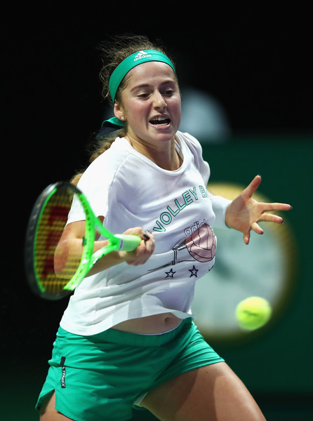 Jelena Ostapenko during a practice session in Singapore | Photo: Clive Brunskill/Getty Images AsiaPac