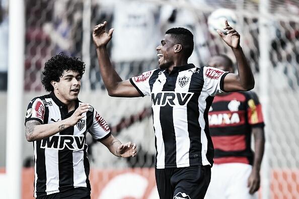 Jemerson comemora gol marcado contra o Flamengo, no Independência (Foto: Pedro Vilela/Getty Images)