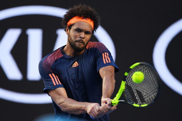 Tsonga was dominant off both wings on Sunday (Photo: Quinn Rooney/Getty Images Asia Pac)