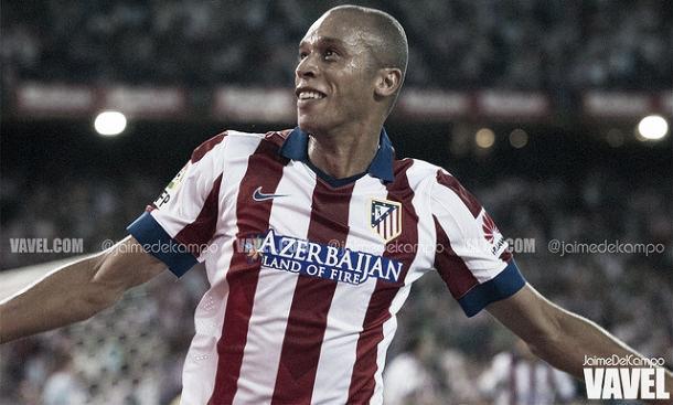 Em quatro anos de Atlético de Madrid, Miranda conquistou a torcida colchonera (Foto: Jaime Del Campo/VAVEL)