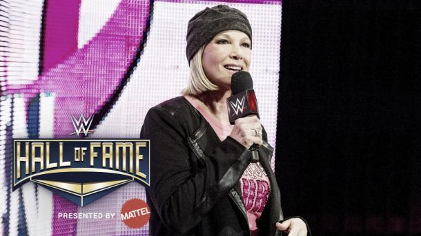 Joan Lunden during a Susan G Komen segement at a WWE event (image: WWE)