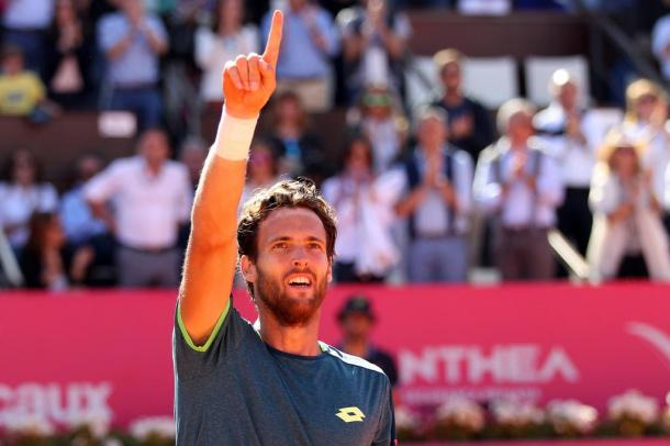 João Sousa celebrating his win after more than two hours. (Photo by Millennium Estoril Open)