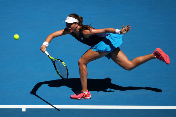 Johanna Konta reaches out for a shot   Photo: Clive Brunskill/Getty Images AsiaPac