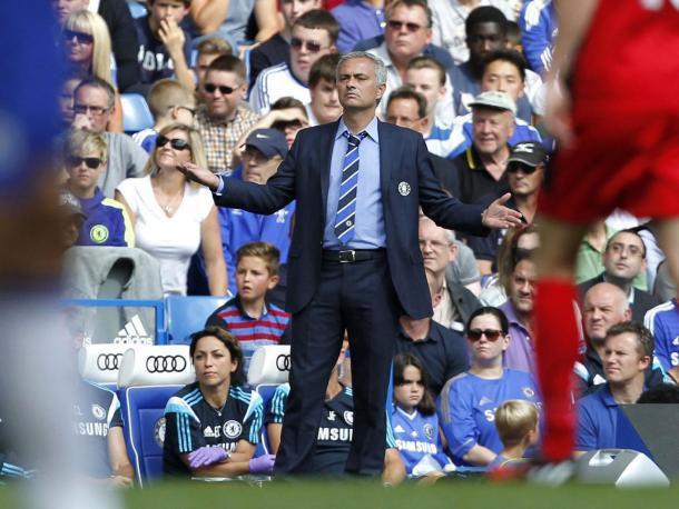Mourinho não conseguiu inverter os maus resultados. (Foto: Getty Images)